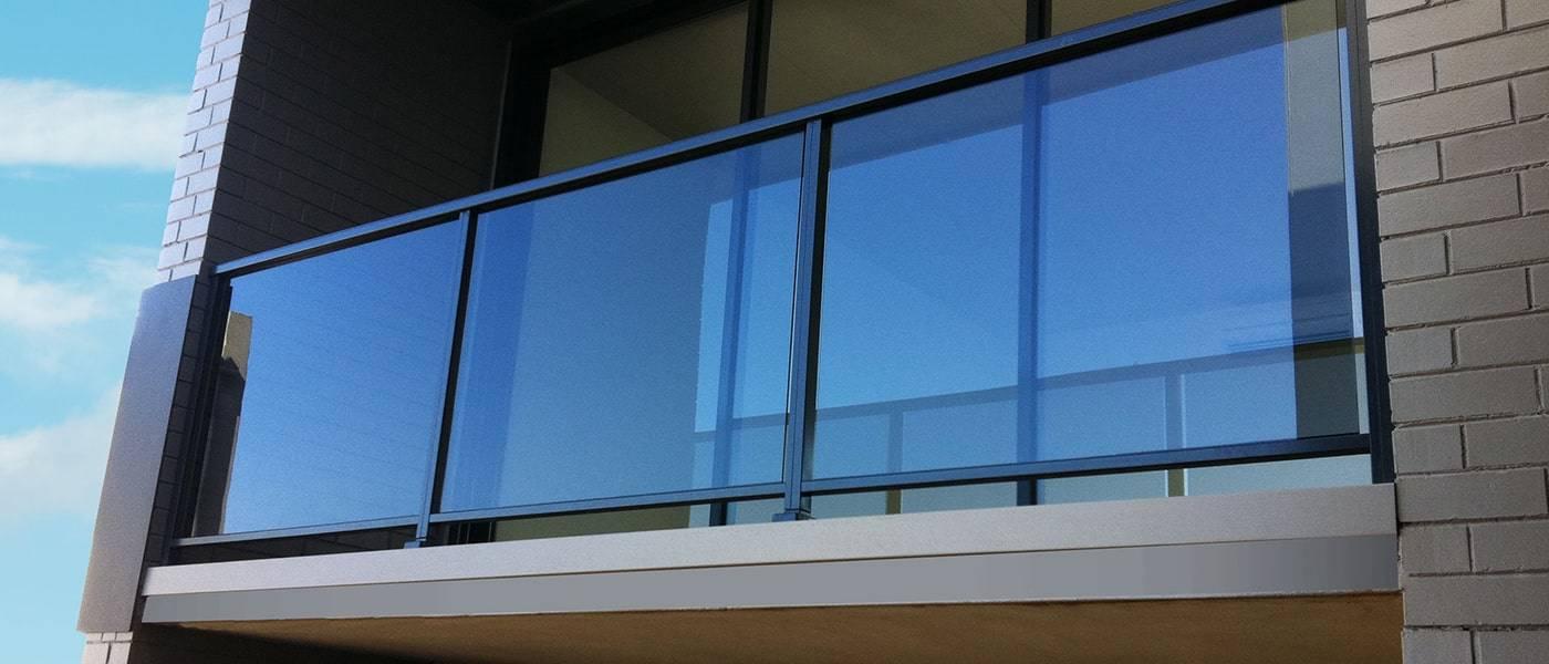 aluminum glass railing_3-min