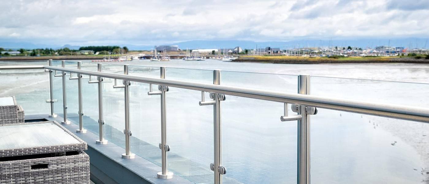handrails and top caps_4-min